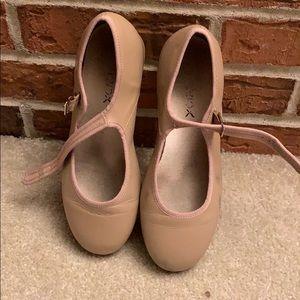 Capezio tan tap shoes, size 6.5